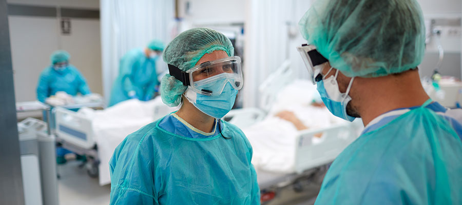 nurses in the OR